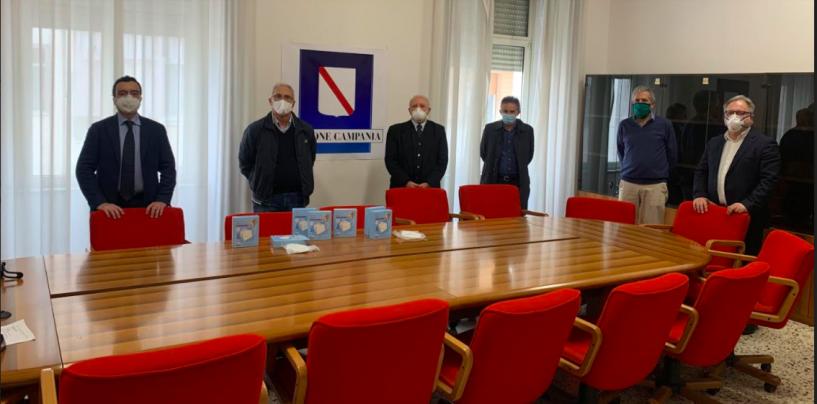 """Mascherine obbligatorie in Campania, De Luca: """"Chi non la indossa è una bestia e sarà sanzionato"""""""