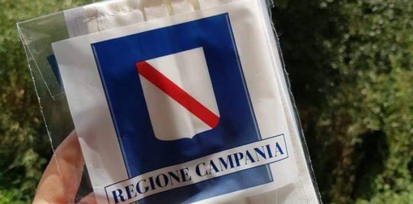 Regione Campania, inviate 250 mila mascherine ai bambini, ogni kit composto da due pezzi
