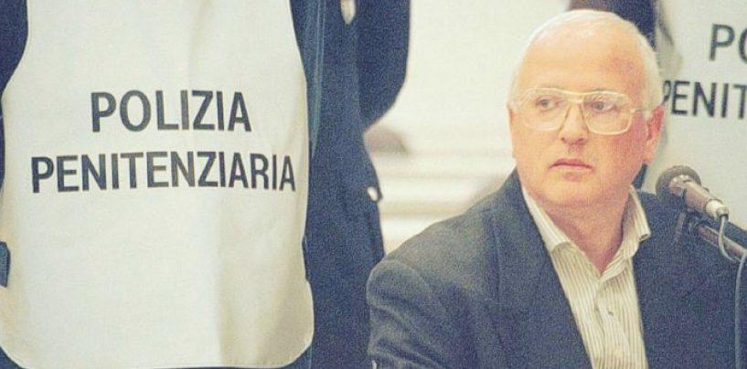 Camorra, il sanguinario boss Cutolo trasferito in ospedale a Parma