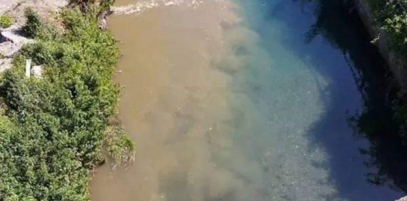 """Con la fine del lockdown torna l'inquinamento del fiume Sarno, il ministro Costa: """"Attivato il Noe per i controlli"""""""