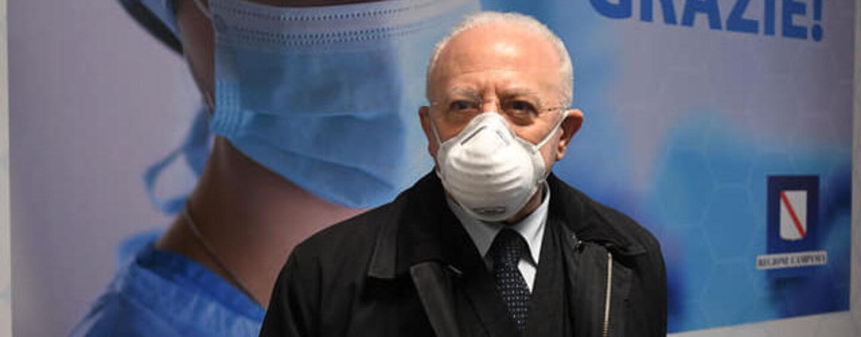 "De Luca: ""Dal 22 giugno stop obbligo mascherina all'aperto"""