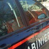 Tenta di disfarsi della coca che ha in tasca: 40enne di Ariano Irpino nei guai