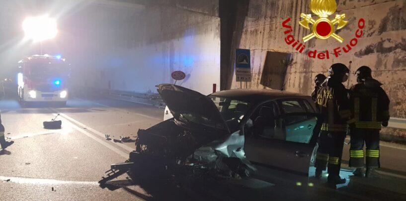 Altro incidente stradale in Irpinia, questa volta sulla Fondo Valle Sele