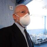 Boom di contagi in Campania: De Luca chiude scuole primarie e secondarie