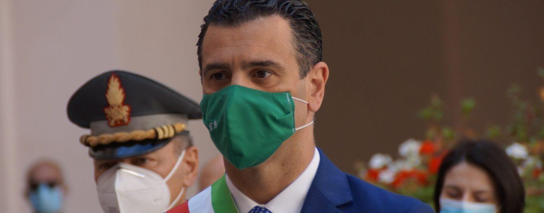 """Arresto attentatori centro per l'Impiego, il sindaco: """"Un sospiro di sollievo per Avellino"""""""