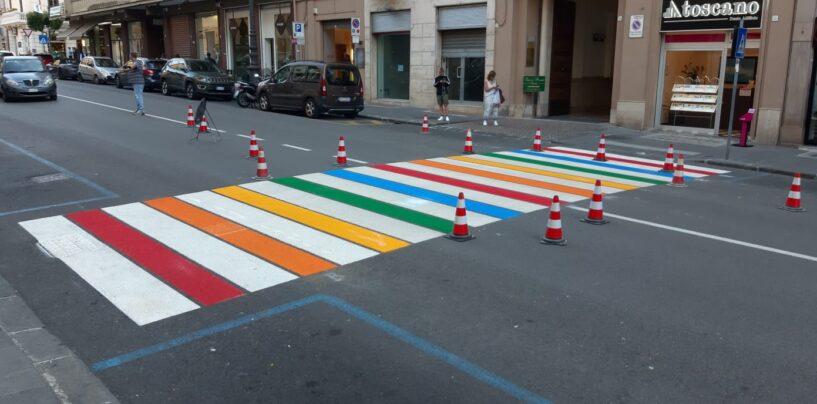 Avellino, strisce colorate in via Matteotti