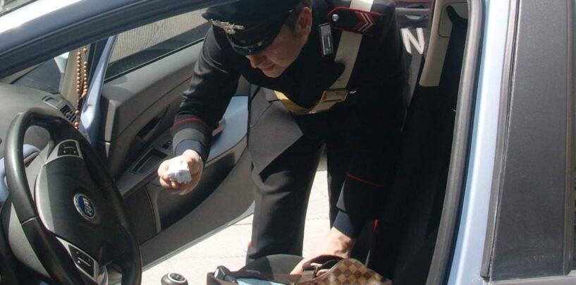 Nusco, giovane in auto con hashish: scatta la segnalazione