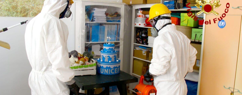 FOTO / Sede Unicef di Avellino sanificata dal nucleo biologico dei vigili del Fuoco