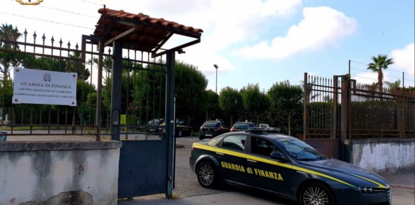 Guardia di Finanza Napoli: scoperta falsa associazione culturale, 24 persone lavoravano in nero