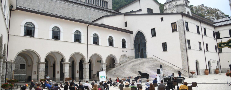 """FOTO / """"Montevergine è la sintesi della grande bellezza d'Irpinia. Ma la dobbiamo tutelare con il trasporto verde"""": Iovino e il Partenio da rilanciare"""