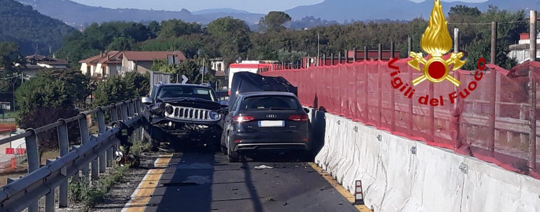 Dall'Alta Irpinia a Manocalzati: uomo semina il panico con la sua auto