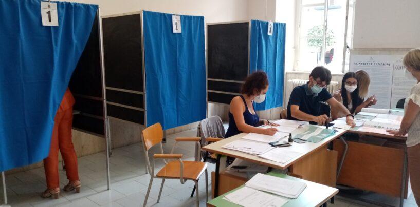 Regionali. A Mezzogiorno 12% di affluenza alle urne ad Avellino e 11% in Campania