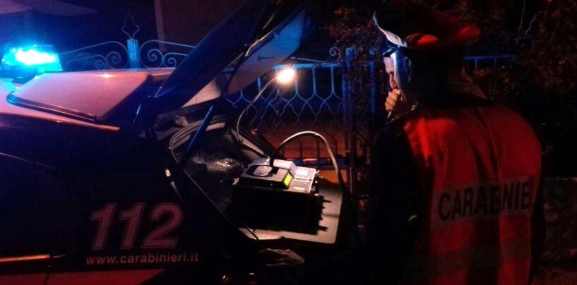 Calitri, auto fuori strada: denunciato un 30enne per guida in stato di ebbrezza
