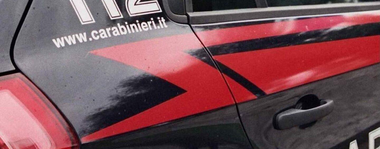 San Michele di Serino, tenta di lanciare la droga dalla finestra: coppia denunciata per spaccio