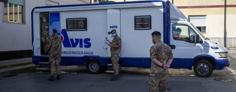 """FOTO / Avellino: carenza di sangue al """"Moscati"""", il 232° reggimento della Berardi si mobilita"""