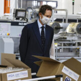 Fca, già prodotte 100 milioni di mascherine tra Mirafiori e Pratola Serra