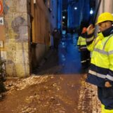 A Monteforte e Sarno centri di accoglienza per gli evacuati: notte fuori casa per decine di famiglie