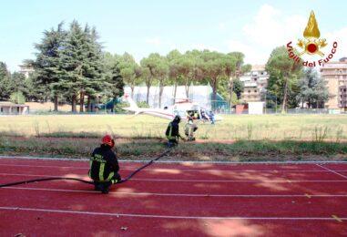 Video/Incidente a Conza, donna incastrata nella vettura tratta in salvo dai Caschi Rossi