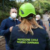"""FOTO E VIDEO / """"La vita di tante persone è ancora in pericolo, la Regione ci aiuti"""". Monteforte: le parole del sindaco"""