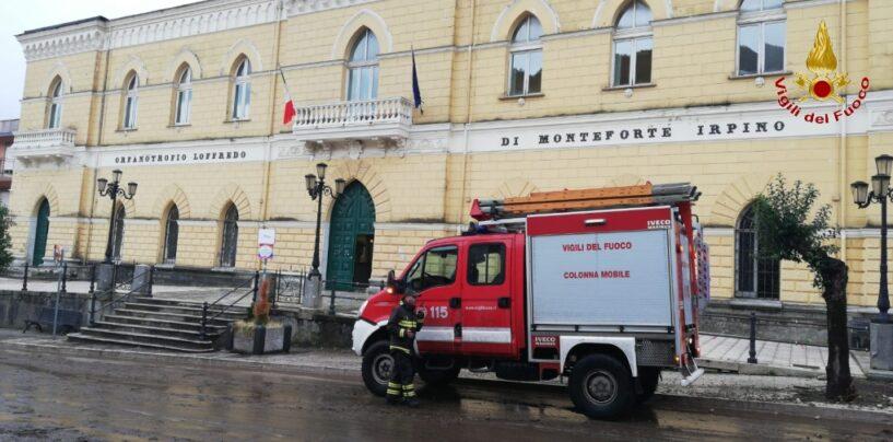 FOTO/ Maltempo, a Monteforte istituito presidio del Comando avanzato dei caschi rossi
