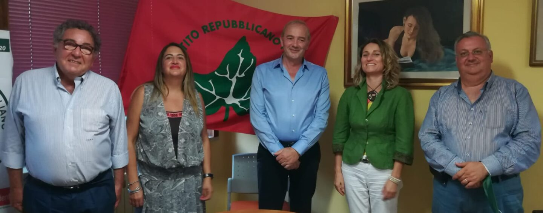 Avellino. Incontro nella sede Ugo LaMalfa tra i candidati del Partito Repubblicano Italiano a sostegno di De Luca
