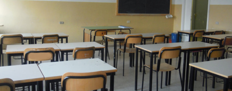Mirabella Eclano, insegnante positiva al Covid: scatta l'allarme a scuola