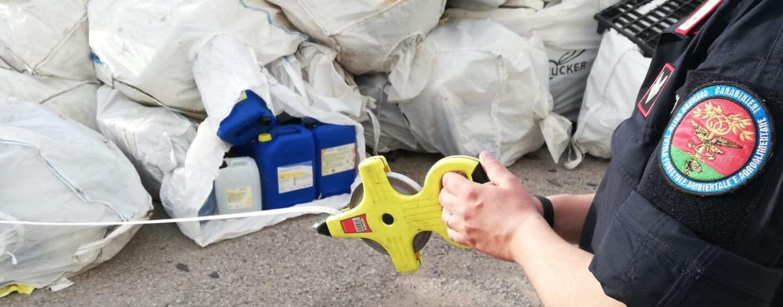 Solofra: denunciate 2 persone per illecito smaltimento di rifiuti e abusivismo edilizio