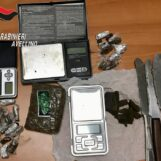Solofra, spaccio di stupefacenti: 19enne agli arresti domiciliari