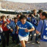"""I 60 anni di Maradona, gli auguri di Ancellotti, Ronaldo, De Luca. Diego ringrazia. """"Un regalo? Lo scudetto del Napoli"""""""