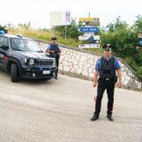 Tocco Caudio, minacce e colpi di arma da fuoco: in due nei guai