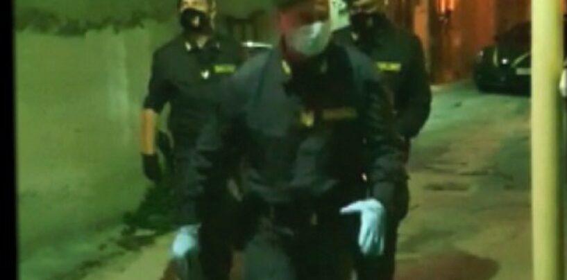 """Col Reddito di Cittadinanza spacciavano droga nel lockdown: divieto di dimora per la """"Dama del Crack"""" e due pusher"""