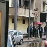 VIDEO / Maltempo, il sindaco di Avellino litiga con un cittadino. Intervengono i vigili urbani