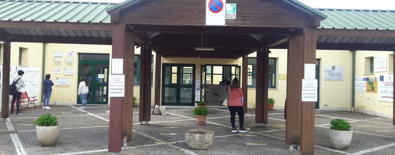 """Il """"De Sanctis"""" di Sant'Angelo dei Lombardi agorà del territorio"""