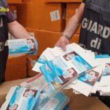 FOTO E VIDEO / Un milione di mascherine sequestrate nel napoletano.  Erano state importate dalla Cina