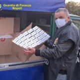 VIDEO / Acerra, sequestrati tre quintali di sigarette: arrestato un contrabbandiere