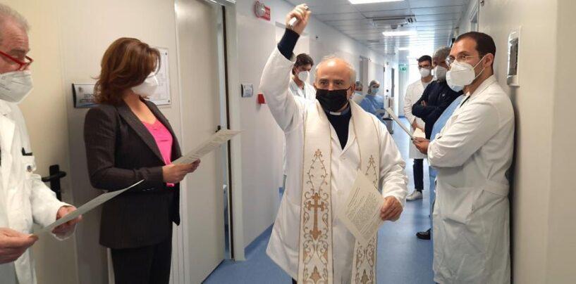 """""""L'emergenza sanitaria non è finita, ancora stop a processioni e feste esterne"""". Chiesa, le regole dei Vescovi"""