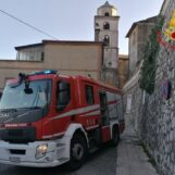 VIDEO / Mercogliano, a fuoco una cantina a Capocastello