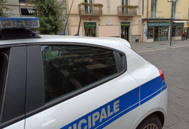 """Abbatte un semaforo: """"caccia all'uomo"""" fra Irpinia e Sannio"""
