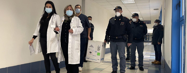 """Covid, il governatore: """"Siamo ancora su filo del rasoio"""". """"In Campania servono 9 milioni di vaccini"""""""
