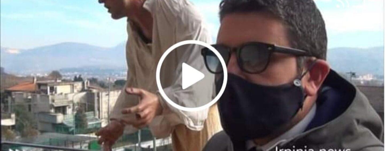 VIDEO/Mercogliano: sfregio al presepe di Papa Francesco, l'ira del Sindaco e dell'Abate