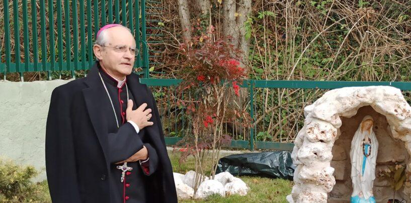 """Omicidio al Corso, Vescovo Arturo: """"Il sangue sulla città invoca prepotente un'alleanza educativa"""""""