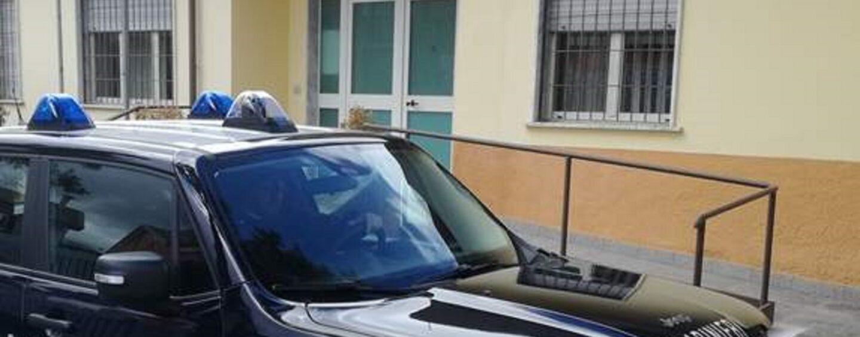 Lioni, 20enne provoca incidente e fugge: rintracciato e denunciato