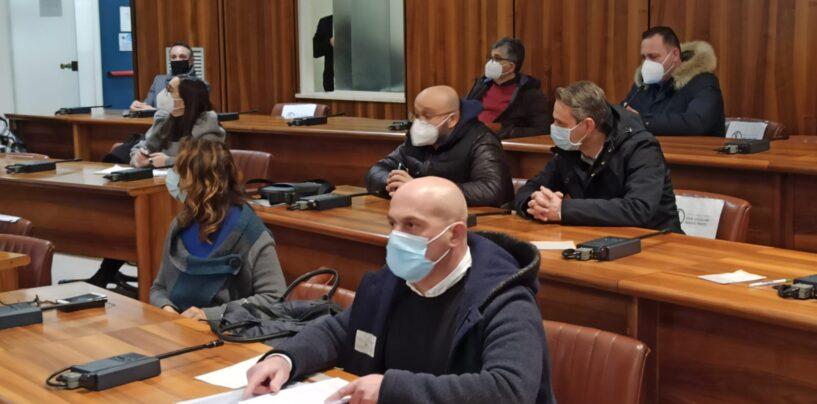 """Giornata storica per Avellino, il consiglio comunale in blocco dichiara """"guerra"""" all'inquinamento"""
