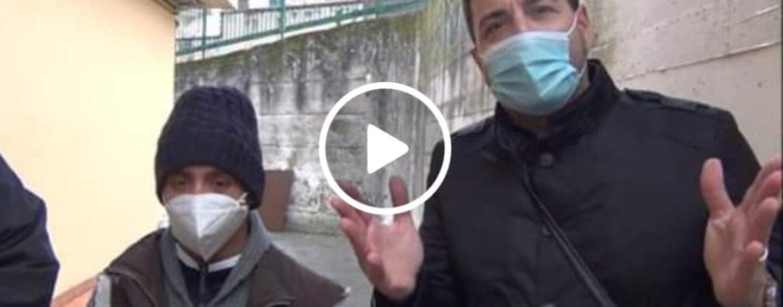 VIDEO/Gabriel, dai maciapiedi alla Caritas sognando di poter riabbracciare sua madre