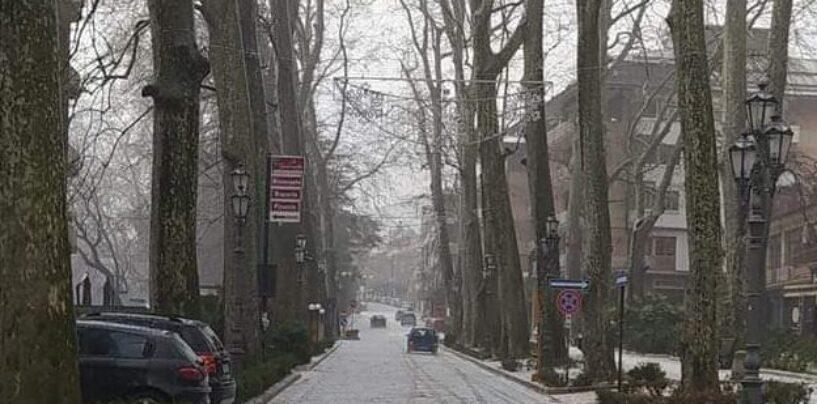 FOTO / Irpinia imbiancata, ma non è la neve