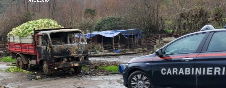 Montoro, camion in fiamme: indagano i carabinieri