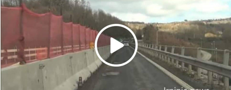 VIDEO/Ofantina,ponte Manocalzati: lavori infiniti con code e pericoli per gli automobilisti