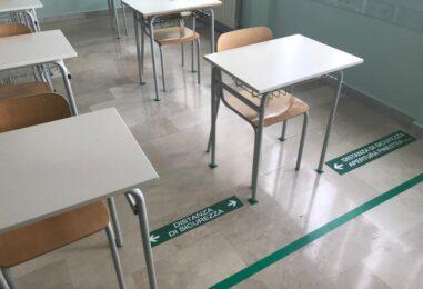 Calabria, scuole chiuse per due settimane per vaccinare gli insegnanti