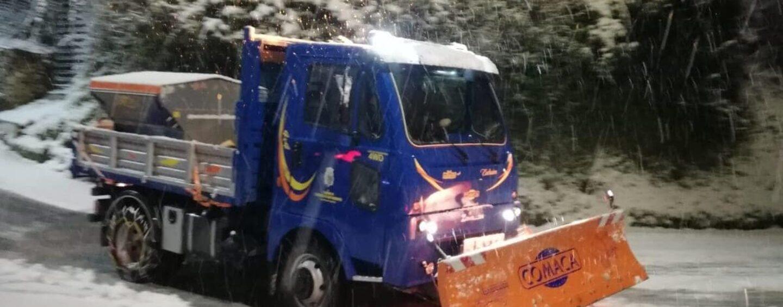 Emergenza neve, vertici in Prefettura e Provincia: scuole verso la chiusura in Irpinia