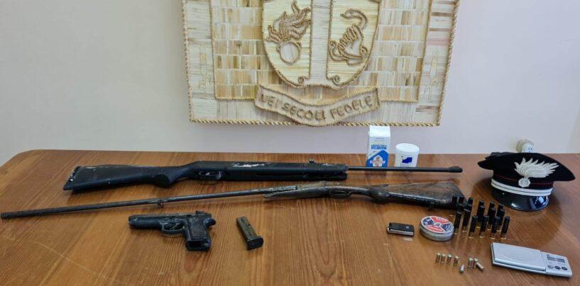 Montesarchio, 37enne con armi in casa: arrestato per ricettazione e detenzione abusiva